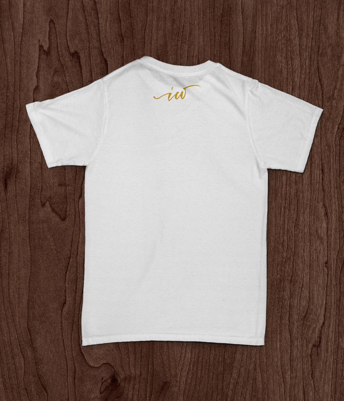 Creativamente - Ideal Wood T-shirt MockUp